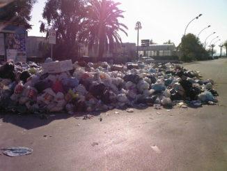 emergenza rifiuti mondragone