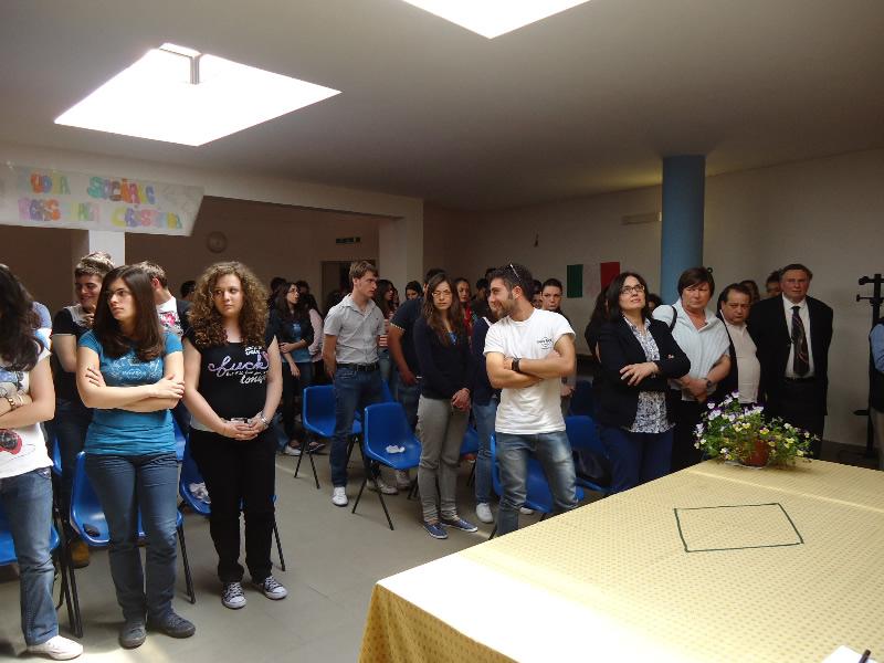 incontro studenti vescovo